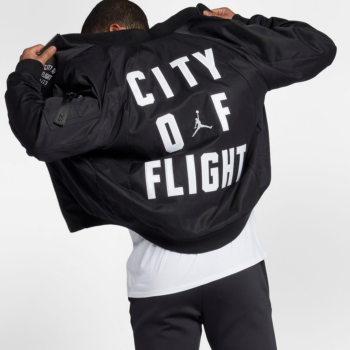 jordan-sportswear-city-of-flight-mens-jacket-3MOVYl